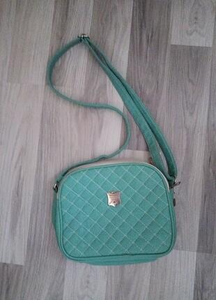 Çanta , su yeşili