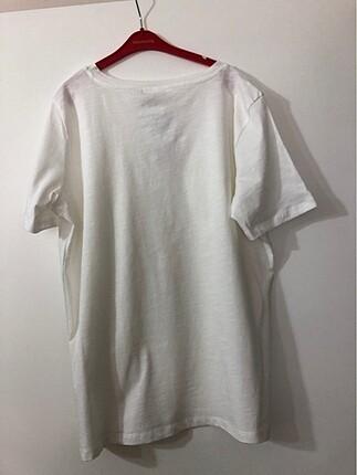 LC Waikiki Beyaz tişört