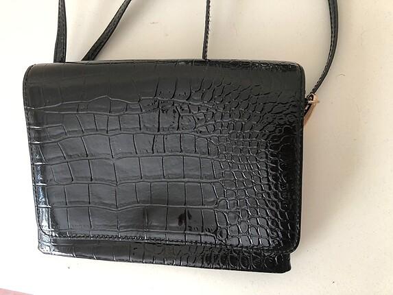 H&M siyah rugan çanta