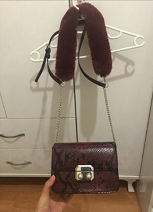 Stradivarius bordo kürklü çanta