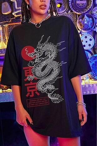 Siyah Dragon Baskılı Oversize Tişört