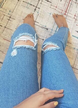 m Beden mavi Renk Yırtık detaylı kot pantolon