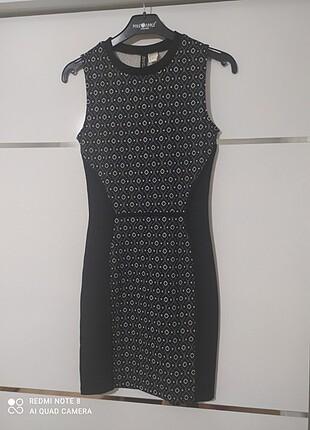 Kısa günlük siyah elbise