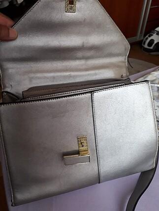 Tanca kadın askılı çanta