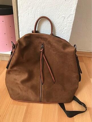 A kalite etiketli sırt çantası