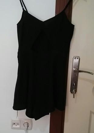H&M hiç kullanılmamış mini sortlu elbise