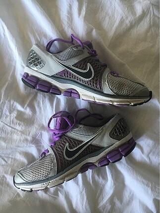 Nike Vomero 6 Spor Ayakkabı