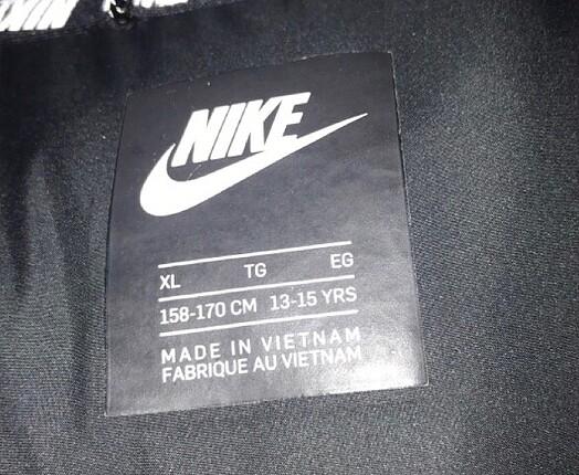 s Beden siyah Renk Nike mont