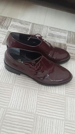 bordo rugan ayakkabi