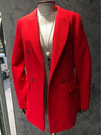 İhracat fazlası kırmızı ceket