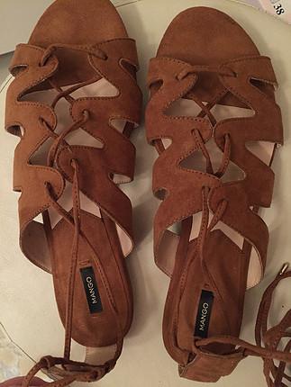 40 Beden Dize kadar bağcıklı sandalet