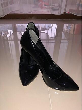 Bambi siyah stiletto ayakkabı