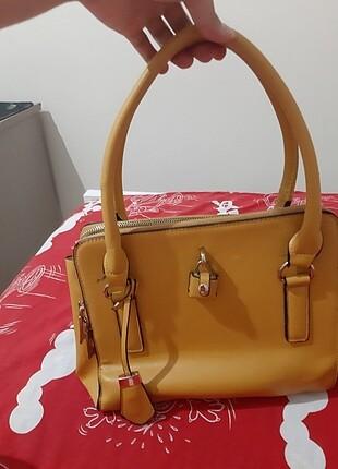 Kadın kol çantası