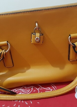 Matthew cox Kadın kol çantası