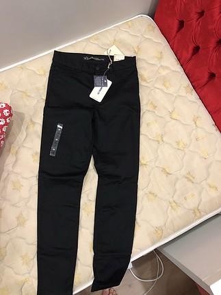 LC Waikiki Lcw likrali siyah pantolon
