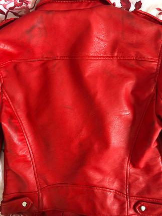 Zara kırmızı deri ceket