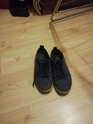 Lacivert spor ayakkabı