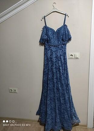 Diğer Uzun Mavi Elbise