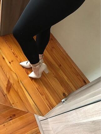 36 Beden ten rengi Renk Krem rengi topuklu ayakkabı