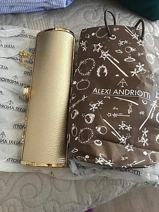 Alexi Andriotti clutch portföy