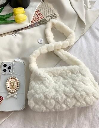 Beden beyaz Renk Beyaz kalpli peluş çanta