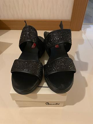 38 Beden Siyah Bambi sandalet