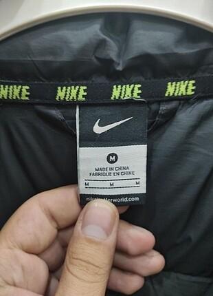 Nike Nike mont