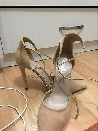 39 Beden ten rengi Renk Bilekten bağlamalı stileto ayakkabı