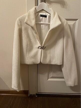 Gelinlik üstü ceket