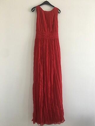 Kırmızı elbise herrynight