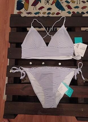 H&M marka 38 beden bikini takımı etiketli