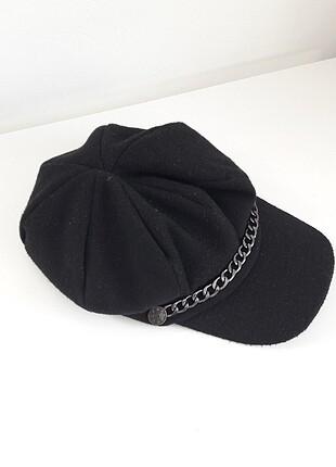 Zincir detaylı şapka