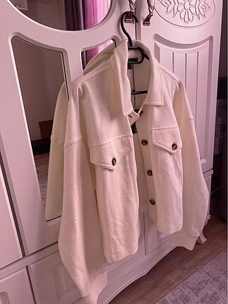 Beyaz ceket