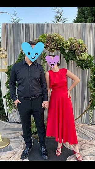 Adil ışık kırmızı elbise