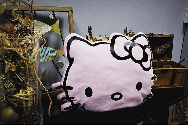 Beden Hello kitty yastık