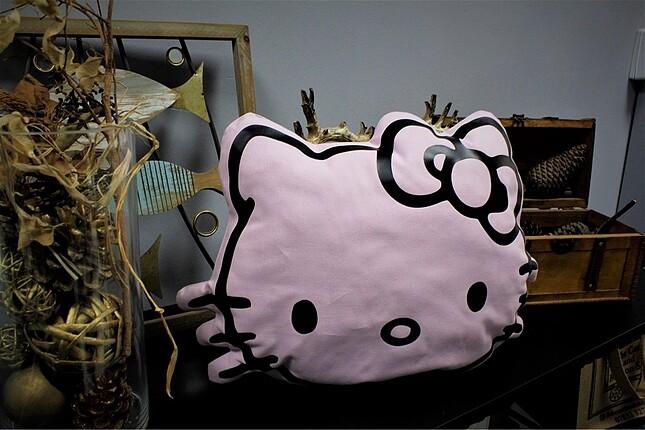 Beden pembe Renk Hello kitty yastık