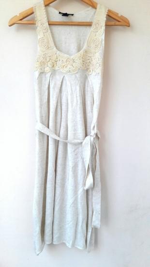 krem renkli elbise