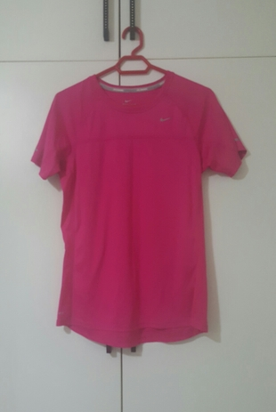 Nike tişört