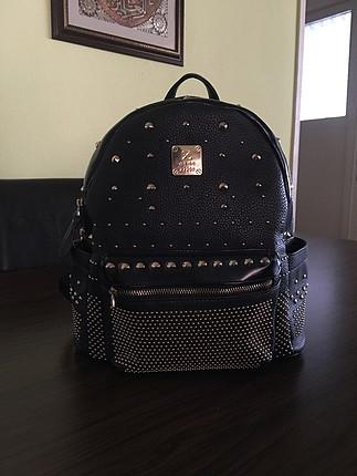 Zara Zımbalı sırt çantası