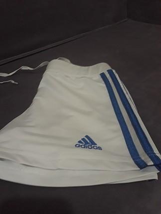Adidas 1 kaç kez giyilmistir