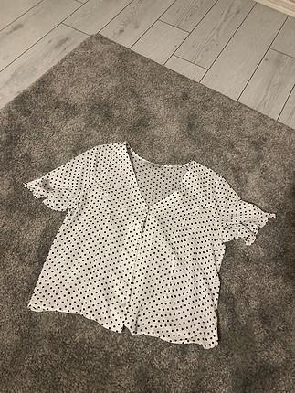 Puantiyeli gömlek