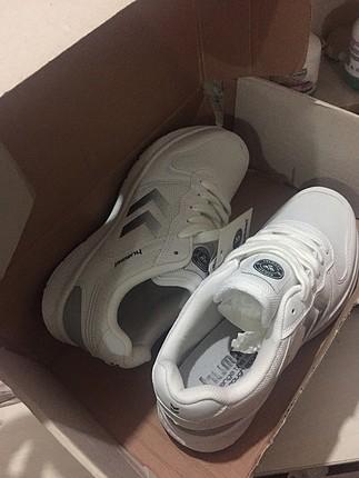 Beyaz Hummel ayakkabı (Orjinaldir)