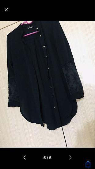 s Beden Siyah gömlek