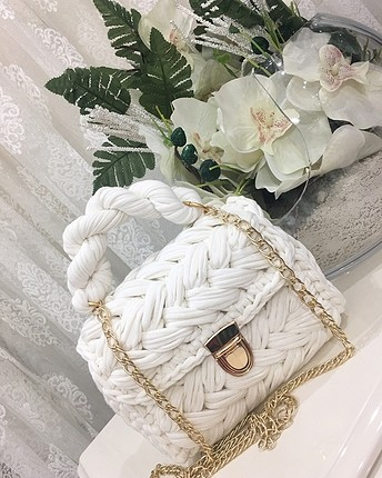 El örmesi çanta