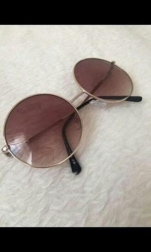 h&m günes gözlüğü