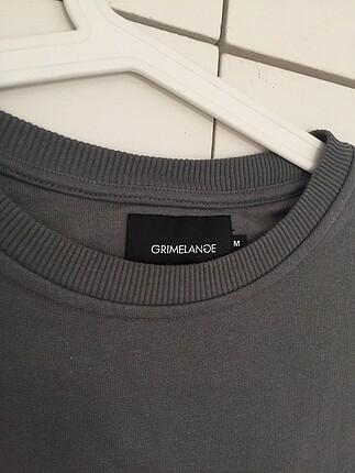 m Beden Gri sweatshirt