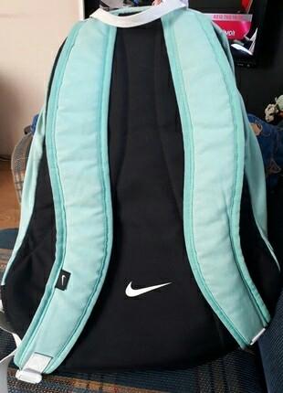 8f726d49193e9 Orjinal Nike Çanta Nike Sırt Çantası %84 İndirimli - Gardrops