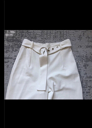 Bershka yüksek bel beyaz pantolon