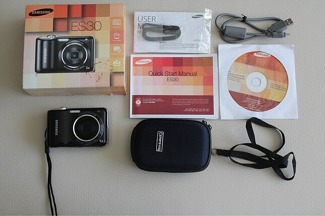 Samsung ES30 fotoğraf makinesi