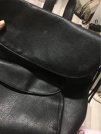 Siyah sırt çanta